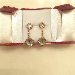 Betsey Johnson dangle heart earrings